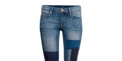 Leg, Blue, Denim, Trousers, Human leg, Jeans, Textile, Pocket, Joint, Standing,