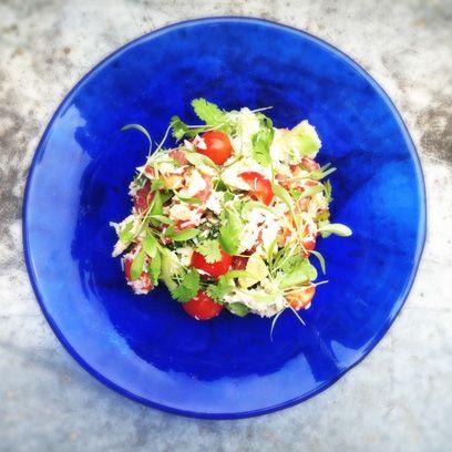 Salad, Food, Dishware, Ingredient, Cuisine, Plate, Dish, Recipe, Tableware, Vegetable,