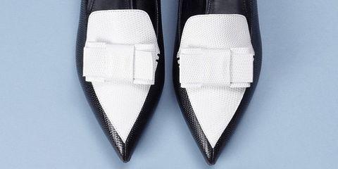 White, Pattern, Black, Grey, Material property, Symmetry, Walking shoe, Silver, Brand, Leather,