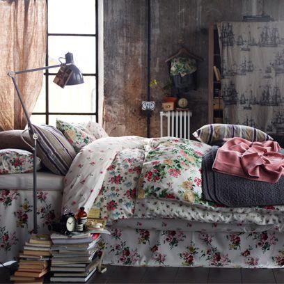 Room, Interior design, Textile, Bedding, Linens, Pink, Bedroom, Home, Bed sheet, Cushion,