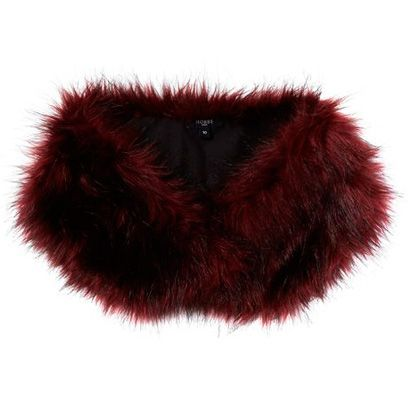 Red, Maroon, Carmine, Coquelicot, Liver, Fur, Natural material, Animal product,