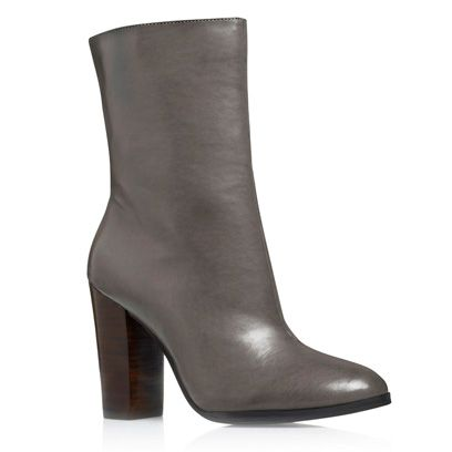 Footwear, Brown, Boot, Fashion, Leather, Tan, Beige, High heels, Synthetic rubber,