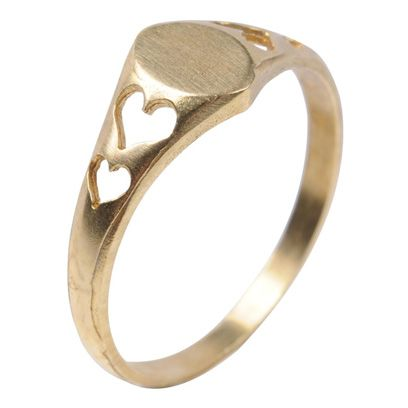 Jewellery, Ring, Fashion accessory, Amber, Metal, Engagement ring, Natural material, Body jewelry, Pre-engagement ring, Gemstone,