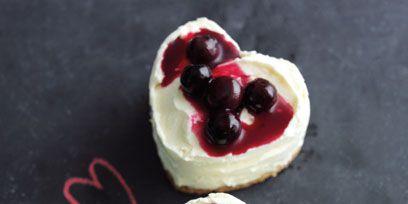 Food, Dish, Cuisine, Dessert, Ingredient, Pavlova, Cherry, Baked goods, Cream, Cream cheese,