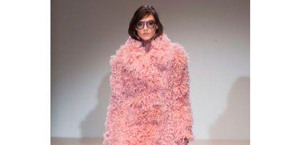 Sleeve, Shoulder, Textile, Joint, Human leg, Dress, Pink, One-piece garment, Style, Fashion show,