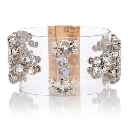 Brown, Jewellery, Gemstone, Natural material, Body jewelry, Silver, Crystal, Diamond, Mineral, Fog,