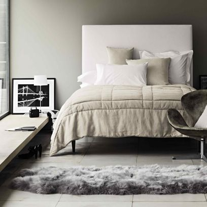 Room, Interior design, Floor, Property, Wall, Textile, Bedding, Flooring, Home, Furniture,