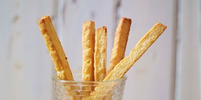 Wood, Brown, Yellow, Food, Fried food, Ingredient, Deep frying, Cuisine, Finger food, Dish,