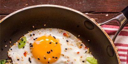 Egg yolk, Fried egg, Food, Meal, Ingredient, Egg white, Breakfast, Dishware, Dish, Kitchen utensil,