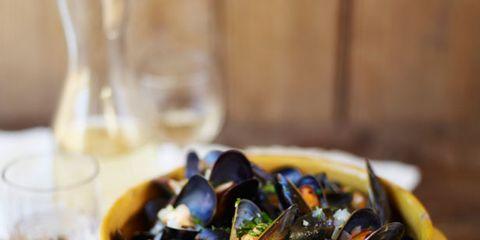 Bivalve, Serveware, Food, Seafood, Drinkware, Barware, Bowl, Shellfish, Molluscs, Recipe,