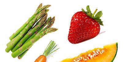 Carrot, Food, Produce, Natural foods, Root vegetable, Ingredient, Red, Fruit, Whole food, Vegan nutrition,