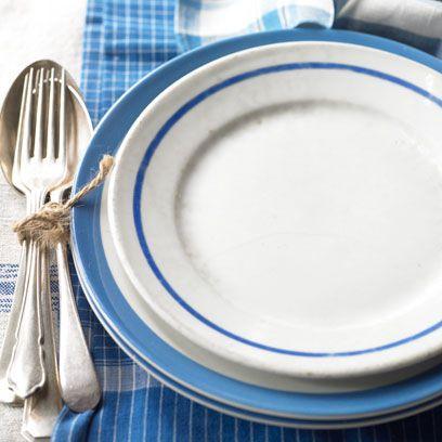 Blue, Dishware, Serveware, Porcelain, Cutlery, Kitchen utensil, Fork, Azure, Ceramic, Plate,