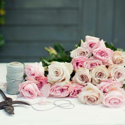 Petal, Flower, Bouquet, Pink, Cut flowers, Peach, Flowering plant, Floristry, Rose family, Garden roses,