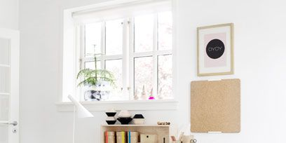 Wood, Room, Table, Interior design, Wall, Fixture, Shelving, Beige, Plywood, Desk,