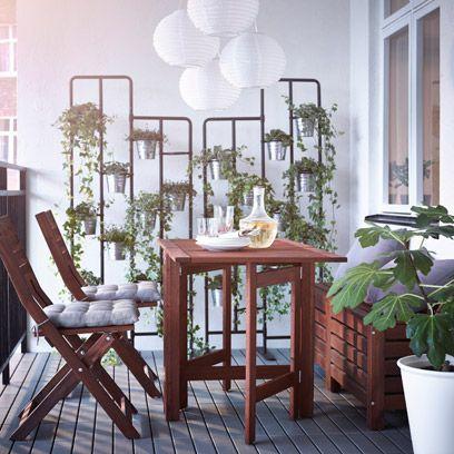 Wood, Plant, Room, Furniture, Hardwood, Interior design, Flowerpot, Table, Wood stain, Interior design,
