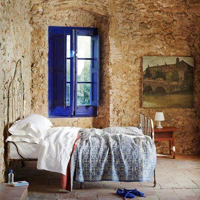 Bedroom, Bed, Room, Wall, Furniture, Blue, Bed frame, Property, Interior design, Bed sheet,