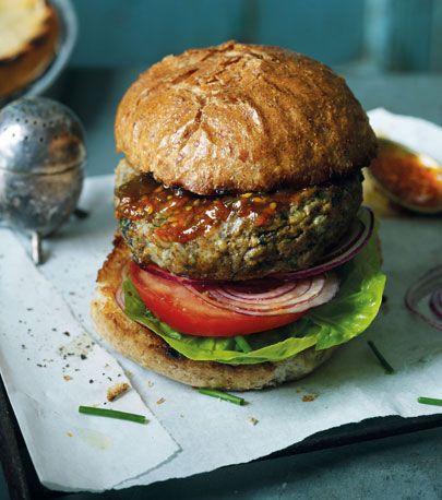 Finger food, Sandwich, Food, Cuisine, Ingredient, Produce, Leaf vegetable, Baked goods, Bun, Breakfast,