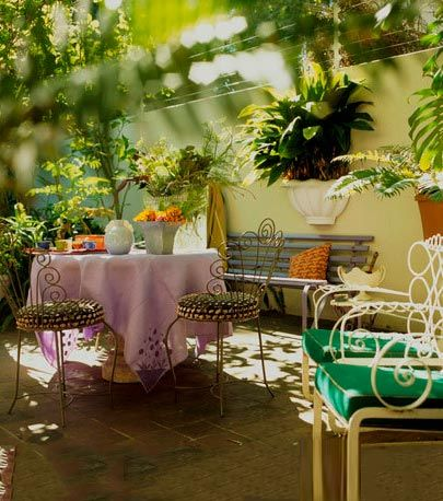 Tablecloth, Table, Furniture, Flowerpot, Peach, Linens, Interior design, Houseplant, Outdoor table, Vase,