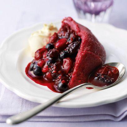 Food, Dishware, Ingredient, Serveware, Cuisine, Fruit, Produce, Berry, Dish, Frutti di bosco,