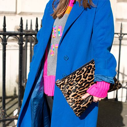 Sleeve, Coat, Textile, Outerwear, Magenta, Style, Pink, Jacket, Collar, Bag,