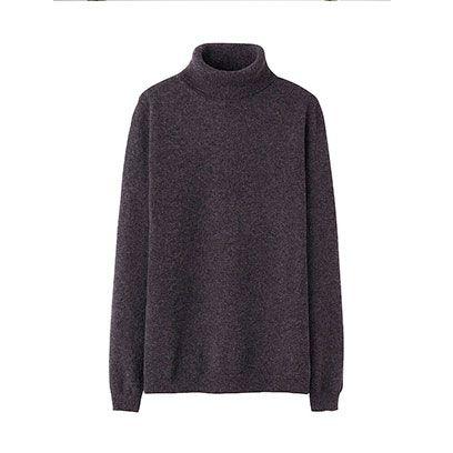 Sleeve, Textile, Coat, Outerwear, Fashion, Woolen, Black, Grey, Clothes hanger, Wool,