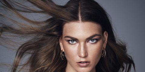 Hair, Face, Hairstyle, Fashion model, Eyebrow, Beauty, Long hair, Model, Photo shoot, Lip,