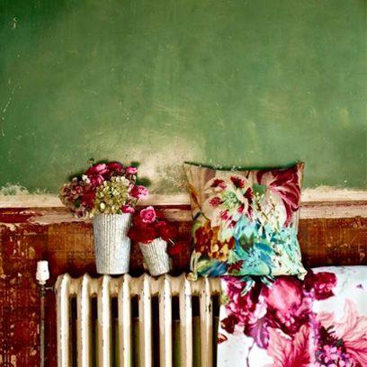 Flower, Petal, Pink, Magenta, Purple, Linens, Throw pillow, Home accessories, Interior design, Floral design,