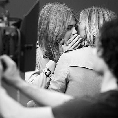 Interaction, Love, Blond, Romance, Gesture, Black-and-white, Monochrome photography, Layered hair, Step cutting, Kiss,