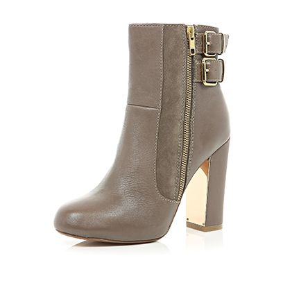 Footwear, Brown, Shoe, Boot, High heels, Fashion, Tan, Leather, Beige, Fashion design,