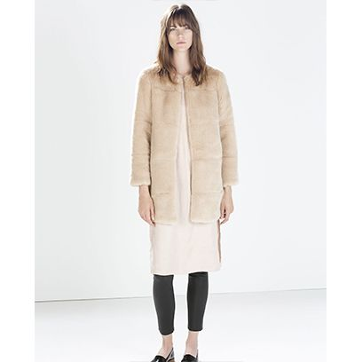 Clothing, Sleeve, Shoulder, Textile, Joint, Outerwear, Standing, White, Style, Knee,