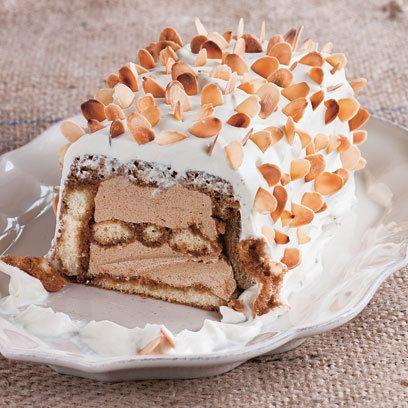 Dish, Food, Cuisine, Dessert, Ingredient, Cake, Baked goods, Torte, Buttercream, Icing,