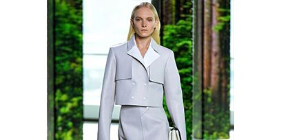 Clothing, Sleeve, Collar, Shoulder, Joint, Outerwear, Style, Fashion model, Fashion show, Summer,