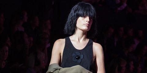 Fashion, Jewellery, Audience, Sleeveless shirt, Fashion design, Bangs, Opera, Haute couture, Fashion model, Costume design,
