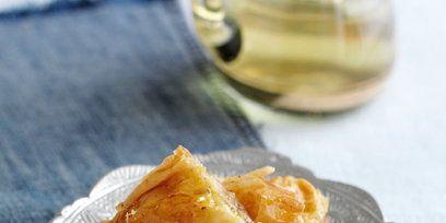 Cuisine, Food, Serveware, Ingredient, Dish, Tableware, Plate, Baked goods, Recipe, Fast food,