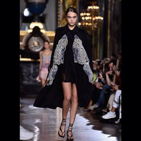 Clothing, Shoulder, Fashion show, Human leg, Outerwear, Runway, Fashion model, Style, Dress, Street fashion,
