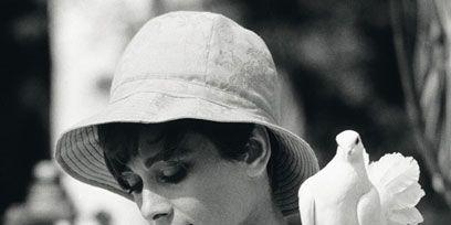 Clothing, Hat, White, Headgear, Monochrome photography, Monochrome, Sun hat, Black-and-white, Fedora, Portrait photography,
