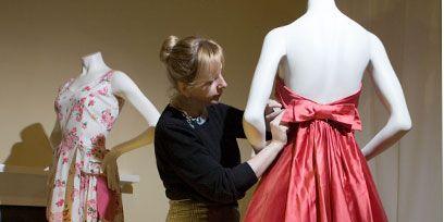 Clothing, Dress, Sleeve, Textile, Pattern, One-piece garment, Formal wear, Pink, Costume design, Magenta,