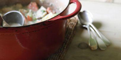 Food, Cuisine, Dishware, Serveware, Dish, Soup, Porcelain, Recipe, Tableware, Meal,