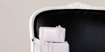 Product, Rectangle, Household supply, Silver, Wedding ceremony supply, Plastic,