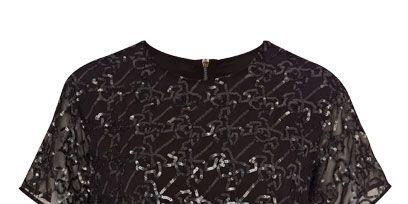 Product, Sleeve, Pattern, Carmine, Black, Active shirt, Pattern,