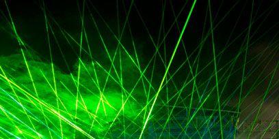 Green, Entertainment, Event, Crowd, Music, Magenta, Electricity, Laser, Visual effect lighting, Light,