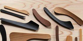 Wood, Brown, Dishware, Hardwood, Grey, Cutlery, Wood stain, Kitchen utensil, Varnish, Tool,