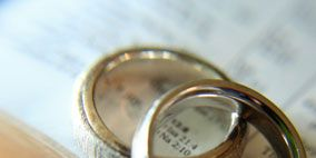 Metal, Close-up, Beige, Material property, Photography, Brass, Silver, Circle, Macro photography,