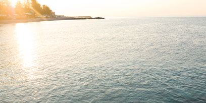Coastal and oceanic landforms, Water, Sea, Ocean, Horizon, Coast, Sunlight, Beach, Calm, Reading,