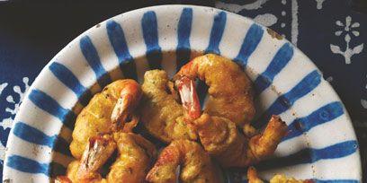 Food, Dishware, Ingredient, Plate, Serveware, Dish, Fried food, Cooking, Recipe, Cuisine,