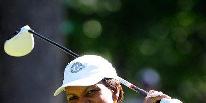 Elbow, Mammal, Outdoor recreation, Golf equipment, Cool, Individual sports, Glove, Professional golfer, Golfer, Golf club,