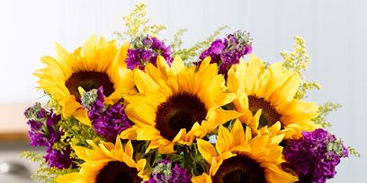 Petal, Yellow, Flower, Bouquet, Purple, Cut flowers, Floristry, Artifact, Flower Arranging, Floral design,