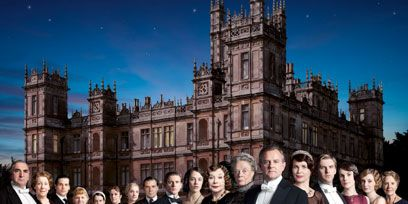 People, Social group, Formal wear, Medieval architecture, History, Mansion, Stately home, Château, Estate, Palace,
