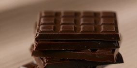 Brown, Product, Hardwood, Chocolate bar, Chocolate, Tan, Rectangle, Confectionery, Still life photography, Dessert,
