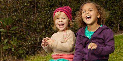 Footwear, Eye, Sleeve, Child, Happy, Pink, Baby & toddler clothing, Toddler, Purple, Sock,